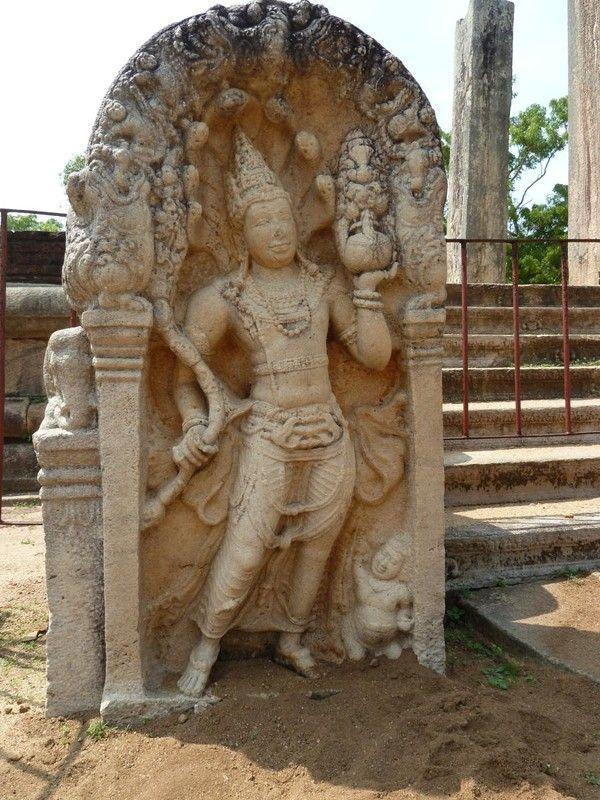 """Résultat de recherche d'images pour """"CENTERBLOG anuradhapura"""""""